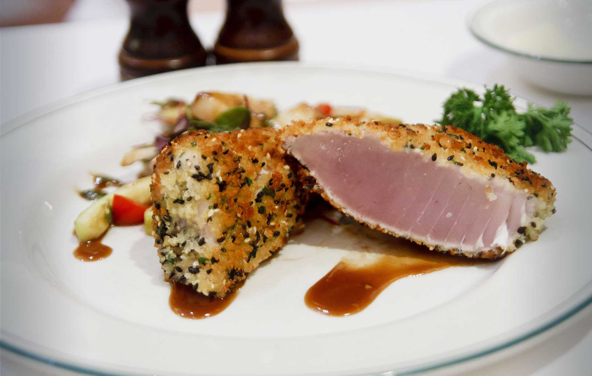 Harbour Marine Albacore Tuna is a a preferred choice for food service and hospitality customers.